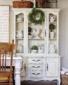 Elegant Antique Farmhouse Decoration Ideas For Home27