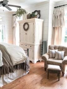 Elegant Antique Farmhouse Decoration Ideas For Home36