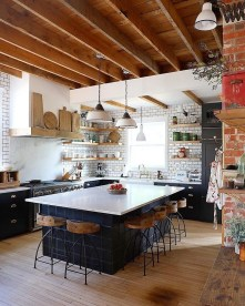 Fabulous Kitchen Decoration Design Ideas With Farmhouse Style11