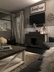 Gorgeous Living Room Wall Decor Ideas20