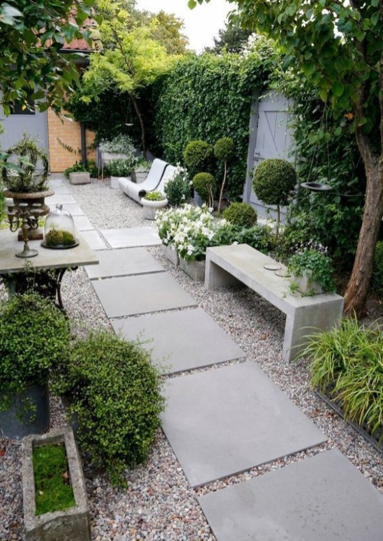 Magnificient Gravel Landscaping Design Ideas For Backyard20