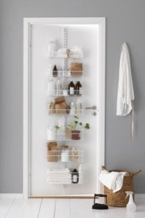 Outstanding Bathroom Makeovers Ideas For Small Space27