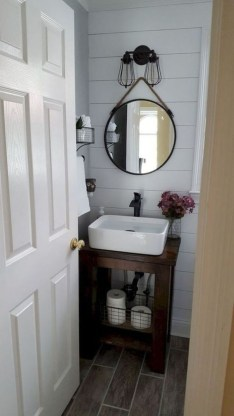 Outstanding Bathroom Makeovers Ideas For Small Space32