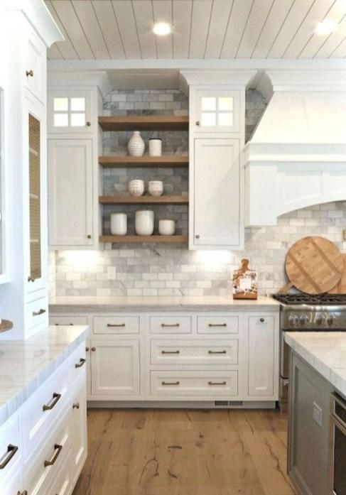 Popular Farmhouse Kitchen Art Ideas To Scale Up Your Kitchen42