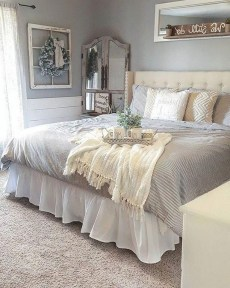 Smart Bedroom Decor Ideas With Farmhouse Style01