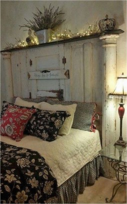 Smart Bedroom Decor Ideas With Farmhouse Style17