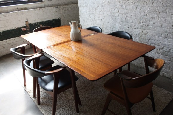 Stunning Dining Tables Design Ideas For Small Space25