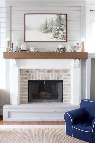 Unique Farmhouse Fireplace Design Ideas For Living Room31