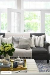 Unique Summer Decor Ideas For Living Room03