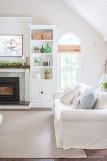 Unique Summer Decor Ideas For Living Room10