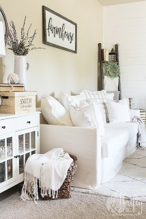 Unique Summer Decor Ideas For Living Room12