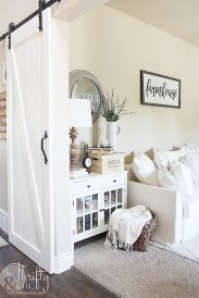 Unique Summer Decor Ideas For Living Room28
