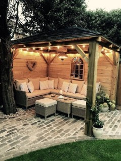 Beautiful Backyard Décor Ideas04