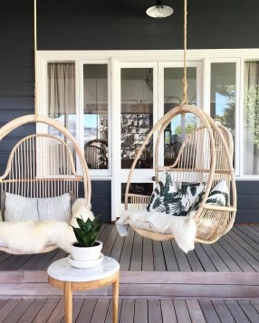Beautiful Backyard Décor Ideas39