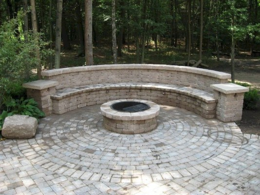 Beautiful Outdoor Fire Pits Ideas34