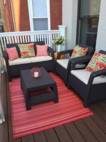 Inexpensive Apartment Patio Ideas On A Budget15