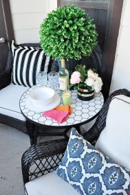 Inexpensive Apartment Patio Ideas On A Budget16