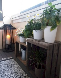 Inexpensive Apartment Patio Ideas On A Budget23