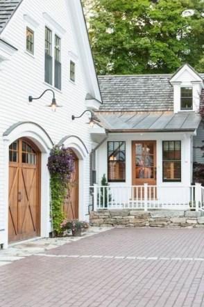 Inspiring Exterior Decoration Ideas That Can You Copy Right Now29