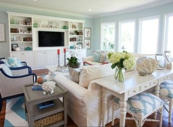 Inspiring Living Room Ideas With Beachy And Coastal Style29