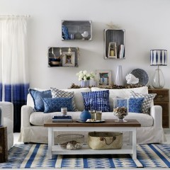 Inspiring Living Room Ideas With Beachy And Coastal Style40