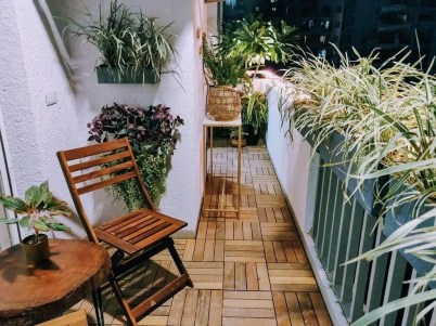 Inspiring Wooden Floor Design Ideas On Balcony For Your Apartment 18