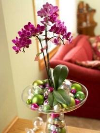 Lovely Window Design Ideas With Vase Flower Ornament03