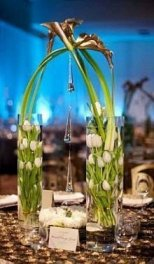 Lovely Window Design Ideas With Vase Flower Ornament15