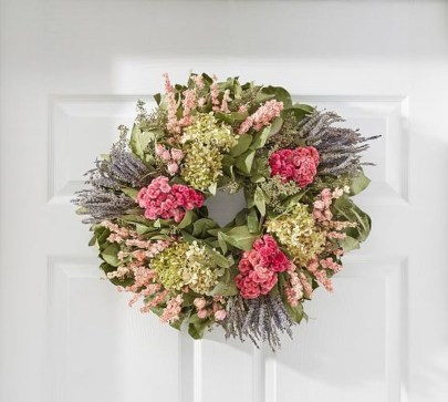 Pretty Hang Wreath Ideas In Door For Summer Time 06