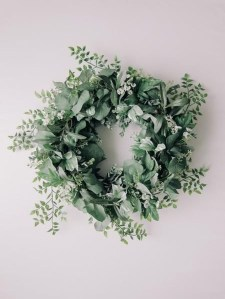 Pretty Hang Wreath Ideas In Door For Summer Time 12