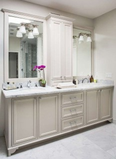 Smart Remodel Bathroom Ideas With Low Budget For Home 37