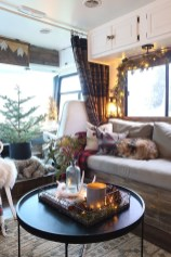Splendid Christmas Rv Decorations Ideas For Valuable Moment10