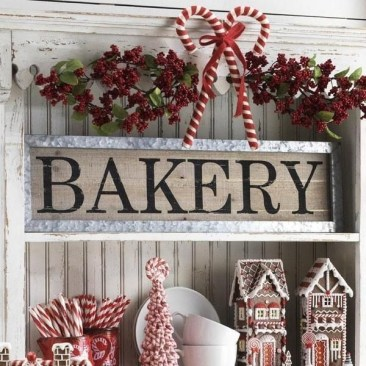 Splendid Christmas Rv Decorations Ideas For Valuable Moment28