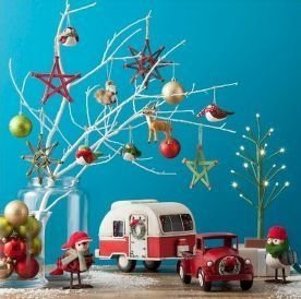 Splendid Christmas Rv Decorations Ideas For Valuable Moment41