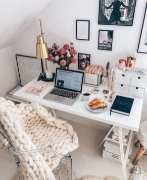 Unusual Home Office Decoration Ideas For You 25