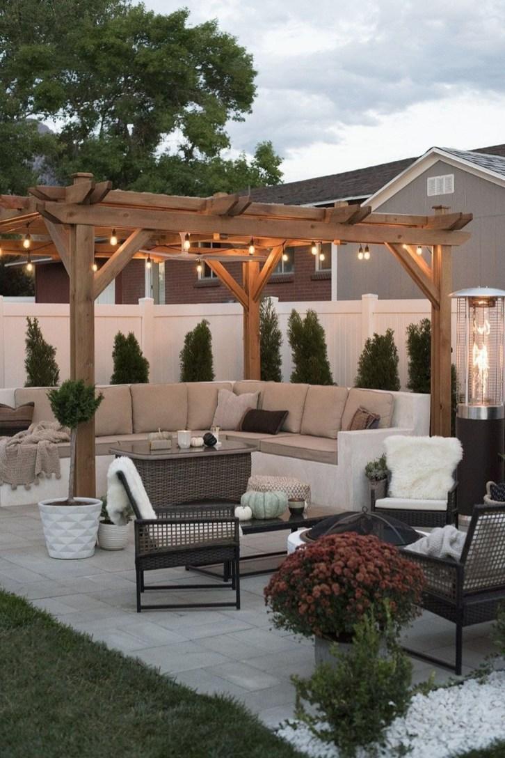 Wonderful Backyard Decorating Ideas On A Budget 37