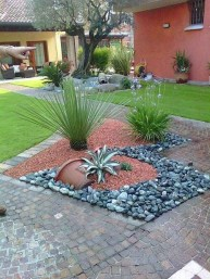 Awesome Front Yard Landscaping Ideas For Your Home This Year34