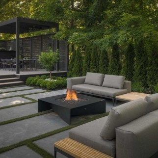 Inspiring Outdoor Fire Pit Design Ideas To Try27