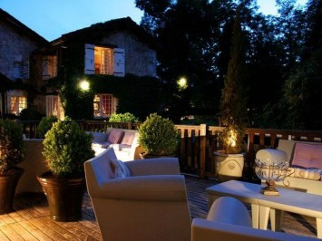 Latest Garden Design Ideas With The Concept Of Valentines Day09