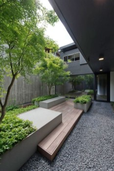 Modern Small Garden Design Ideas That Is Still Beautiful To See06