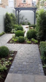Modern Small Garden Design Ideas That Is Still Beautiful To See21