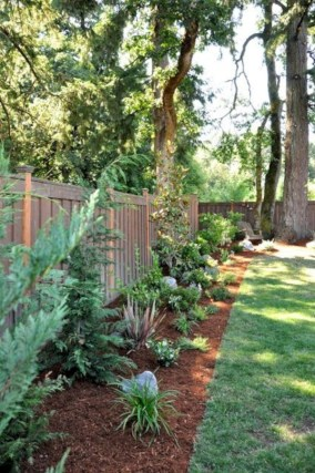 Stunning Backyard Landscape Designs Ideas For Any Season06
