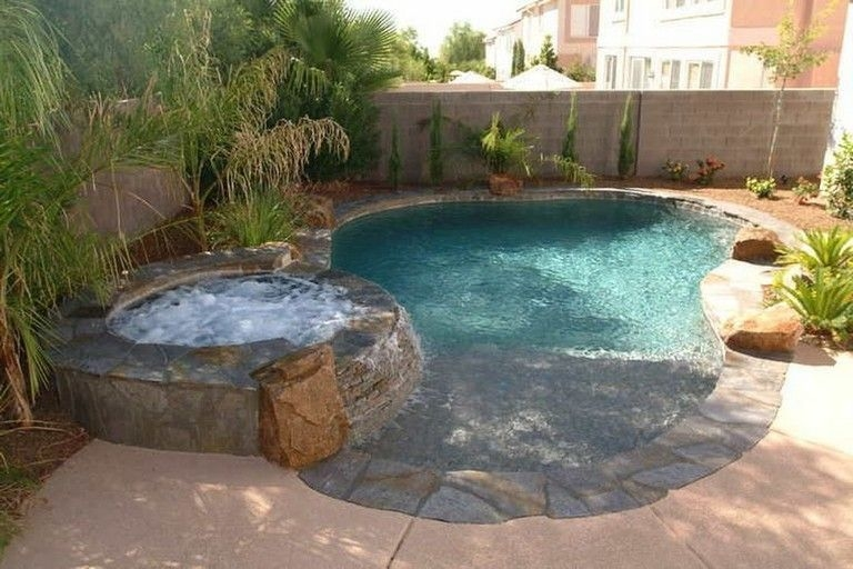 Affordable Small Swimming Pools Design Ideas That Looks Elegant38