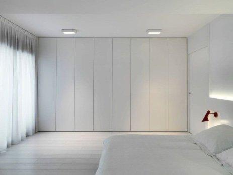 Best Minimalist Walk Closets Design Ideas For You09