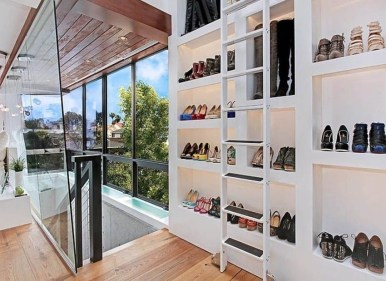 Best Minimalist Walk Closets Design Ideas For You30