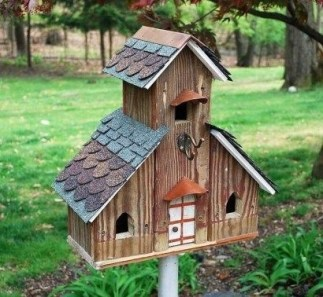 Magnificient Stand Bird House Ideas For Garden02