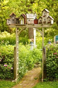 Magnificient Stand Bird House Ideas For Garden25