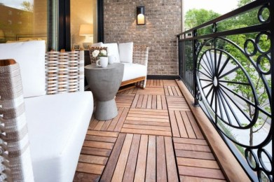 Popular Small Apartment Balcony Decor Ideas For You14