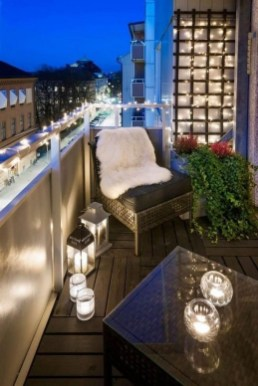 Popular Small Apartment Balcony Decor Ideas For You44