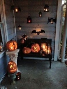 Stylish Outdoor Halloween Decorations Ideas That Everyone Will Be Admired Of26